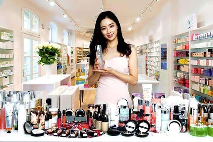 Các đại lý phân phối mỹ phẩm là sự lựa chọn phù hợp nhất đối với những cửa hàng kinh doanh có quy mô vừa và nhỏ với nguồn vốn ít